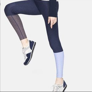 Outdoor Voices 7/8 Dipped Color Block Legging Med